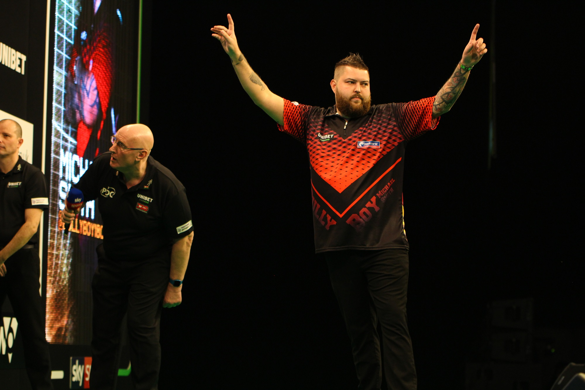 Sensational Smith lands Dublin 9-darter!