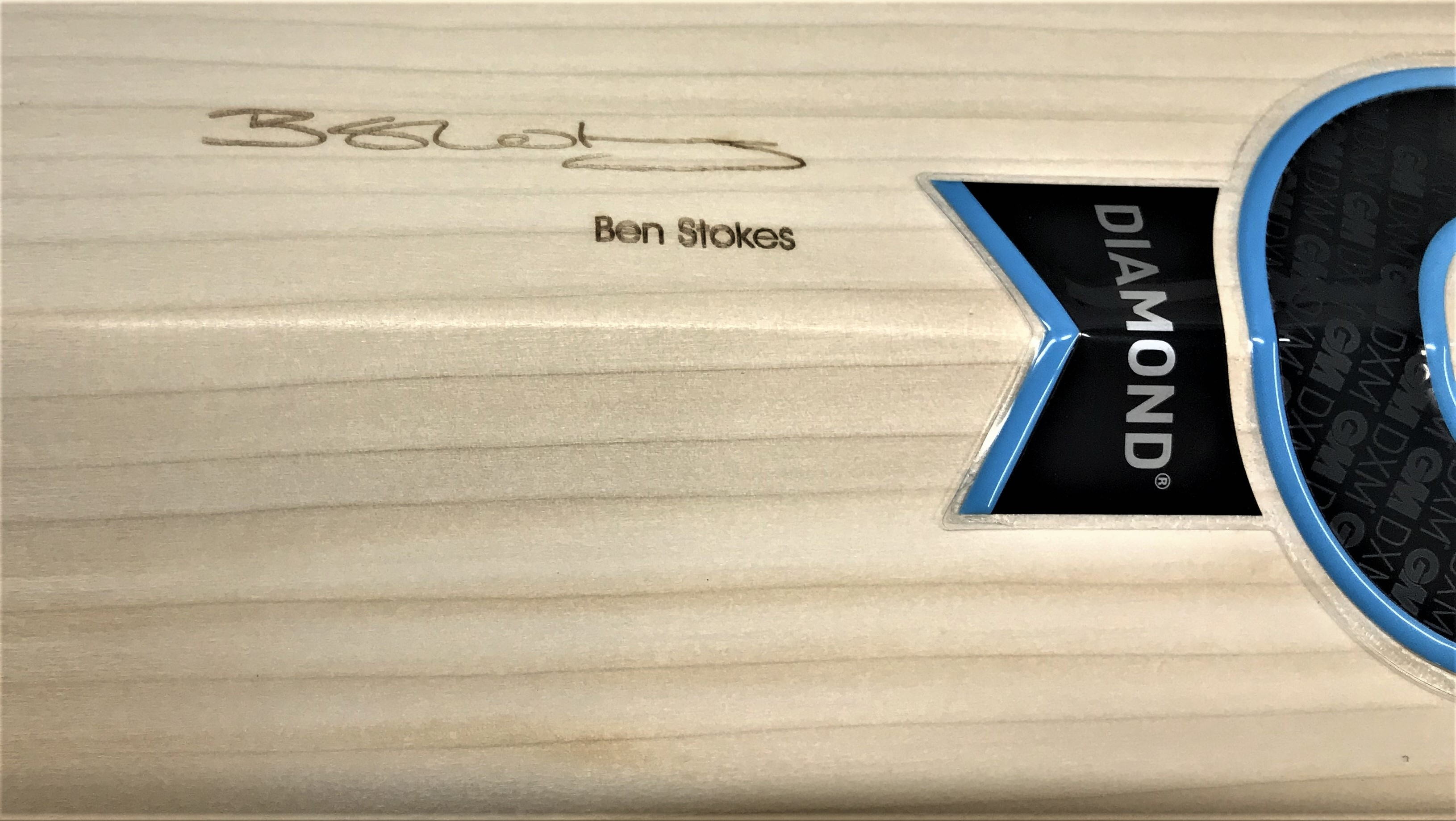 All Of These Bats Are Also Equipped With A Laser Engraved Signature The Player On Back Blade In Years Gone By That Has Always Been